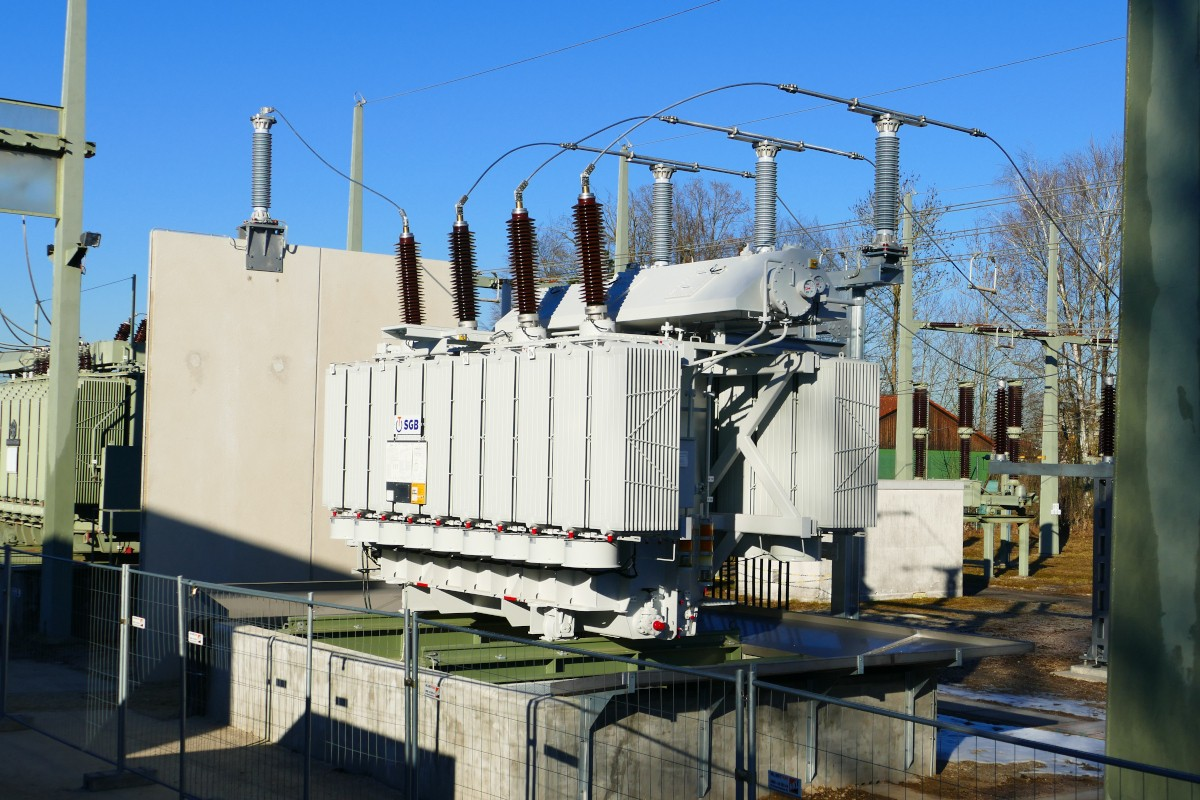 Neuer Transformator des Umspannwerks Ost in Landshut